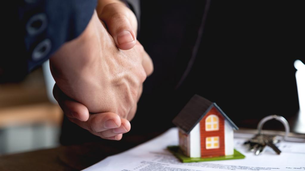 Como captar mais clientes para sua imobiliária? Descubra a resposta!